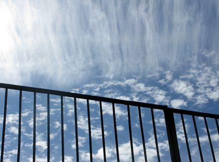 Balkon im Winter 445x330 - Der Balkon im Winter