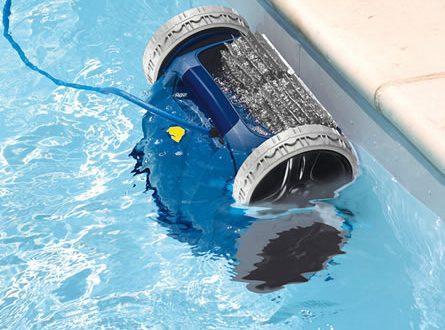 Pool Roboter 445x330 - Swimmingpool: Roboter ersparen mühsame Reinigungsarbeiten